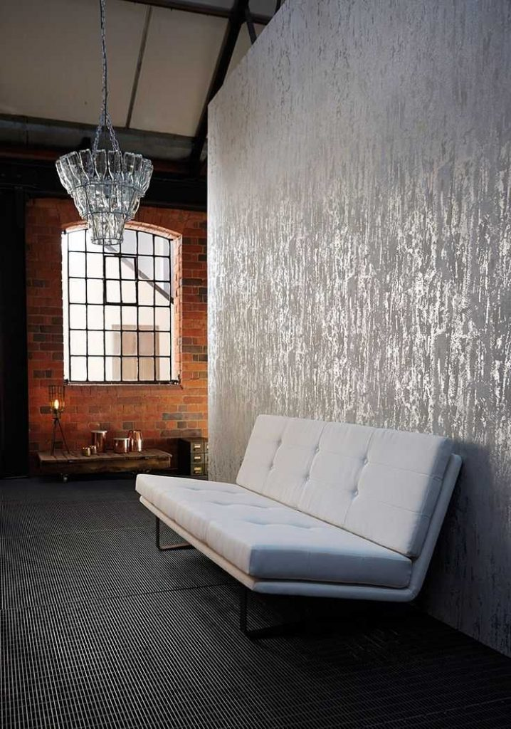 best-metallic-wallpaper-ideas-only-on-pinterest-gold-on-snakeskin-effect-wallpaper-PIC-MCH045636-718x1024 Metallic Wallpaper Ideas 9+