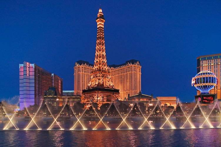 eiffel-tower-paris-las-vegas-hotel-casino-wallpaper-x-PIC-MCH061867 Wallpaper Paris Restaurants 21+