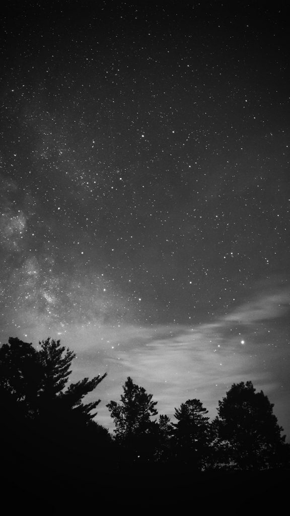 papers.co-mv-sky-night-star-dark-mountain-cloud-vignette-bw-iphone-wallpaper-PIC-MCH093572-576x1024 Night Sky Wallpaper Iphone 7 36+
