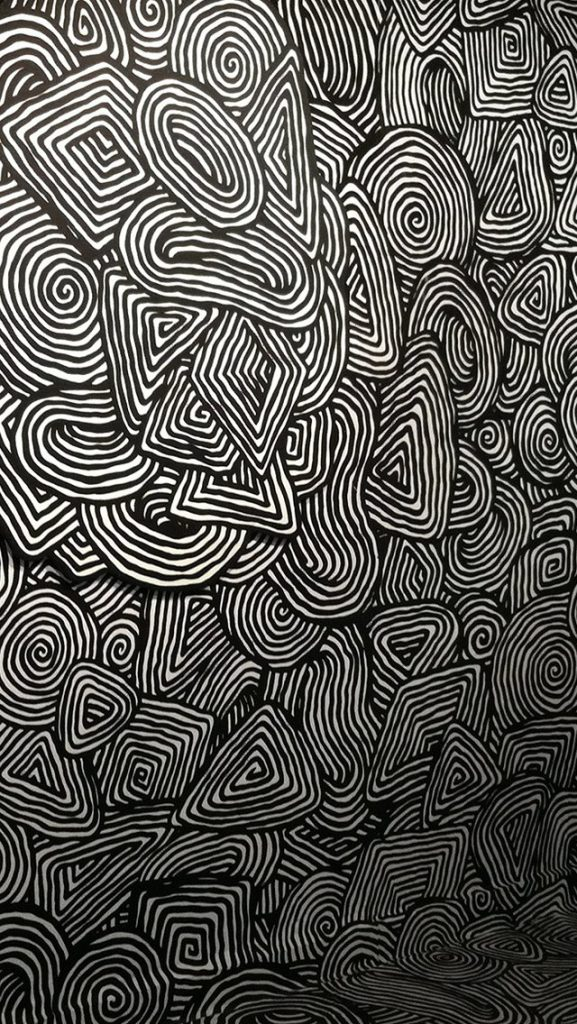 wallpaper-iphone-s-crazy-pattern-x-PIC-MCH0112084-577x1024 Crazy Cool Iphone Wallpapers 24+