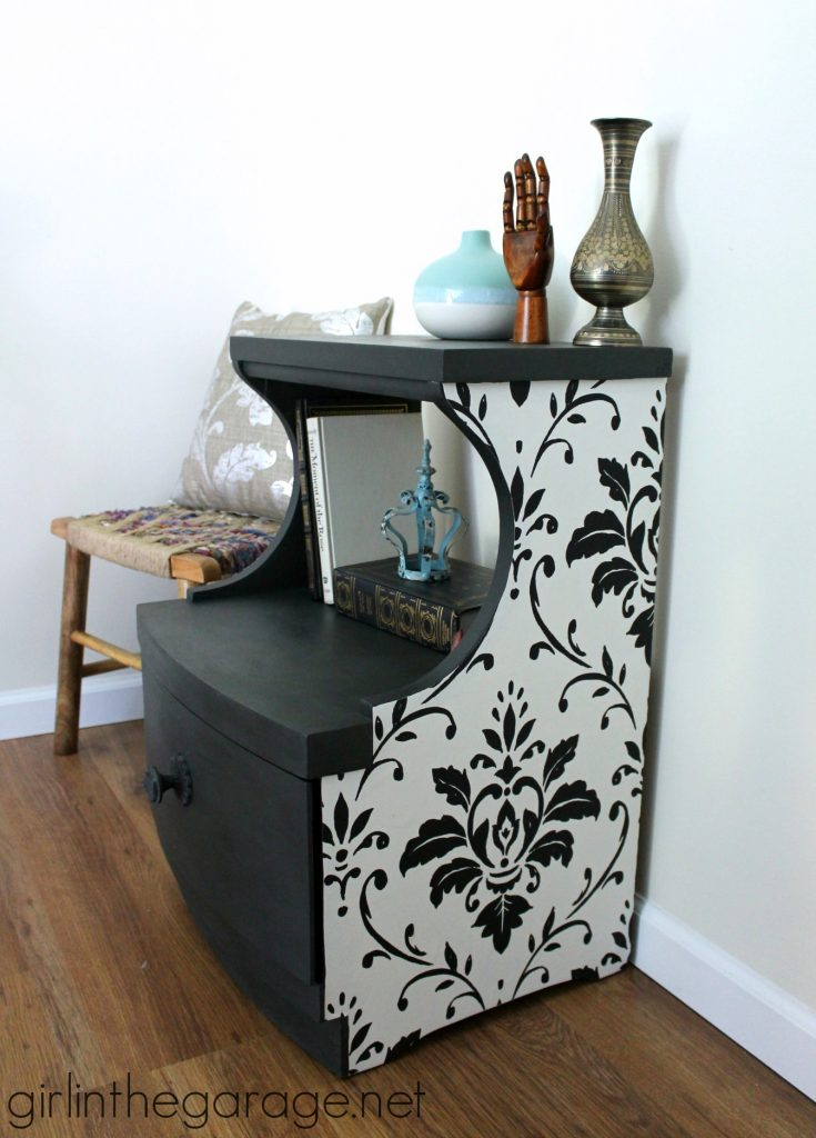 IMG-wallpaper-decoupage-chalk-paint-table-makeover-PIC-MCH075348-735x1024 Wallpaper Furniture Decoupage 10+