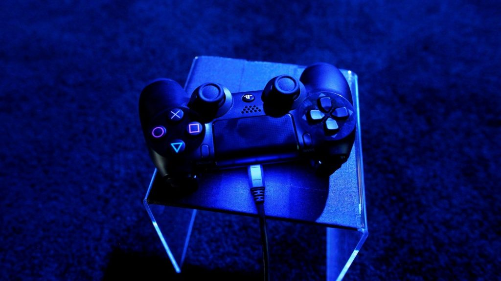 PIC-MCH023068-1024x576 Playstation 4 Wallpapers Hd 43+