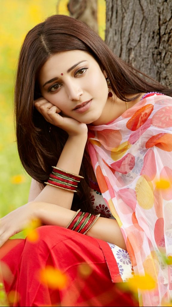 PIC-MCH023709-576x1024 Beautiful Wallpapers Indian Singers 18+