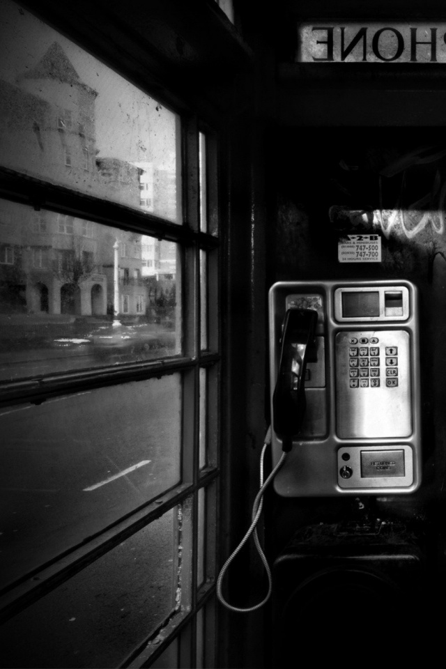 Phone-booth-l-PIC-MCH029584 Black White Phone Wallpaper 17+
