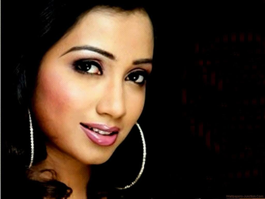 Shreya-Ghoshal-Wallpapers-PIC-MCH0101561-1024x768 Beautiful Wallpapers Indian Singers 18+