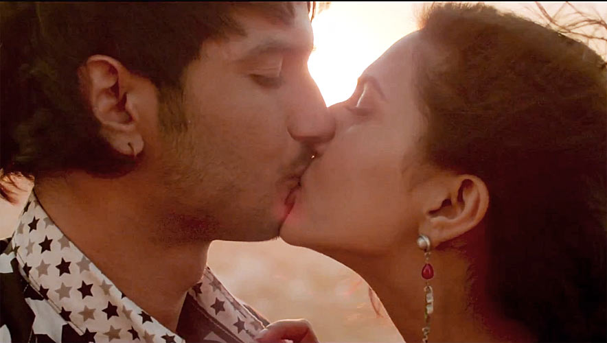 hot-kiss-scene-wallpapers-in-desi-romance-movie-PIC-MCH073788 Most Romantic Hot Wallpapers 14+