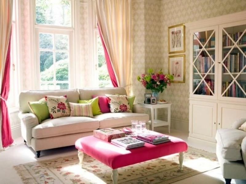 lively-living-room-with-damask-wallpaper-PIC-MCH082645 Living Room Interior Wallpaper 25+
