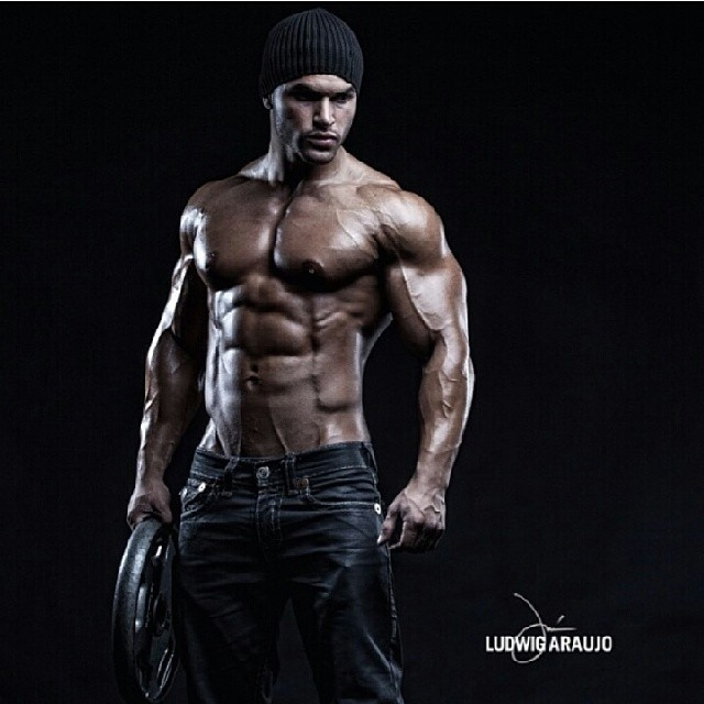 tavicastro-PIC-MCH0105722 Male Fitness Model Hd Wallpapers 33+